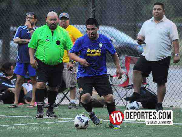 Arbitro Carlos Aragon-Brasil-USA-Illinois International Soccer-Mundialito