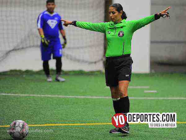 Arbitro Carmen Contreras-Superman-New Castle-Champions-Liga San Francisco- martes
