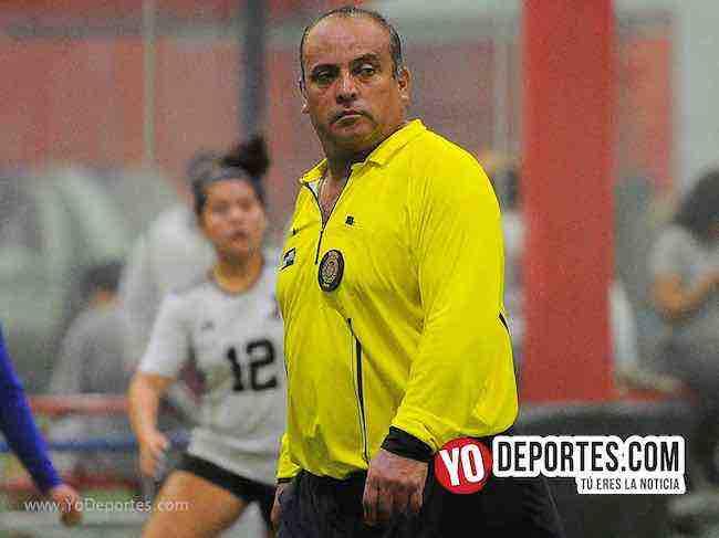 Arbitro Enrique Benitez-Monaco-Monarcas-Liga 5 de Mayo