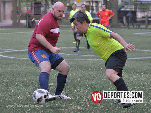 Goliza de Brasil a España en el Grupo B del Mundialito de Chicago