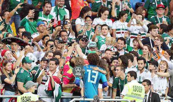 """Memo Ochoa: """"Nuestra idea es quedarnos hasta el último día del Mundial"""""""