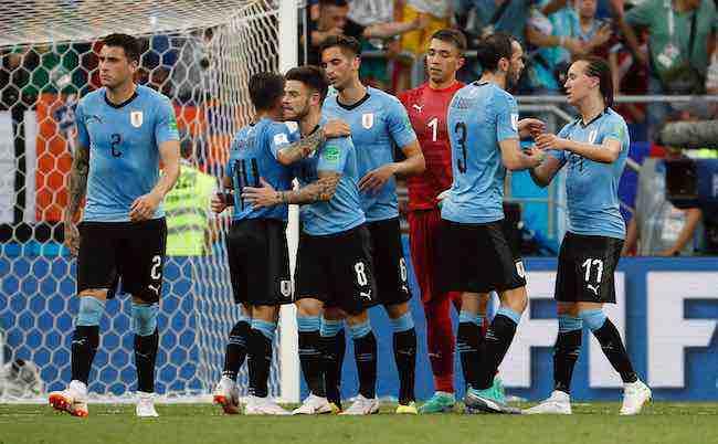 Uruguay y Rusia, primeras clasificadas para octavos en el Mundial