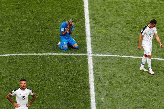 Neymar se desahoga en las redes sociales ante sus críticos