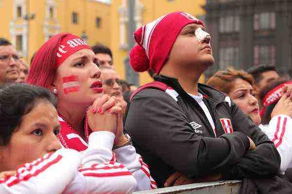 Peru llora eliminacion