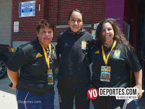 Tigres Femenil UANL en Chicago-Emma Montano-Lucy Montano