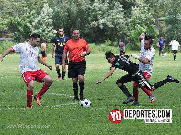 Arbitro David Rodriguez-Chicago Nestle-La Amistad-Liga 5 de Mayo