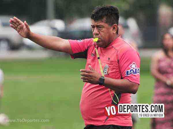 Arbitro Richard Peralta-Deportivo De La Cruz-Estrella Blanca-Liga Douglas