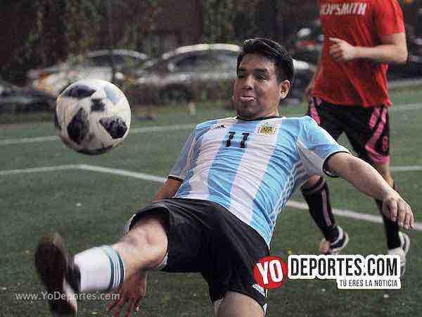 Argentina pierde el invicto pero ya esta en la semifinal del Mundialito