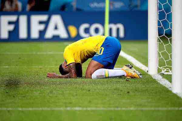 Cristiano Ronaldo y Messi no pudieron. Neymar tampoco. El fútbol mundial busca un nuevo rey
