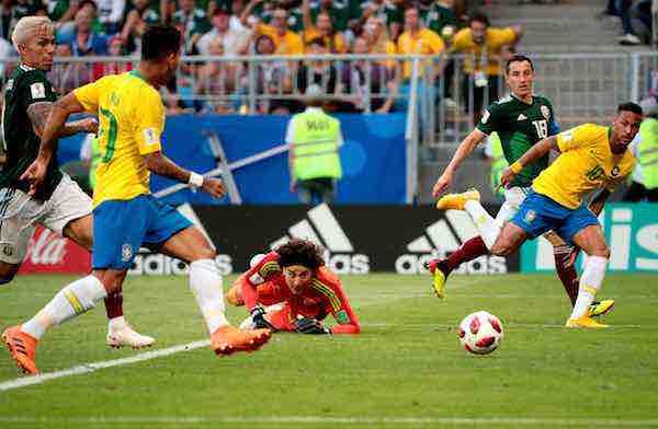 """Neymar dice que los mexicanos """"hablaron demasiado"""""""