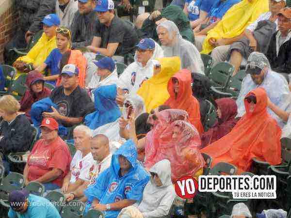 Wrigley Field lluvia gradas-Cubs-Cardenales-Chicago Wrigley Field