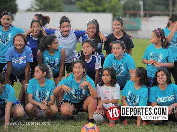 Únete al club Cicero Jaguars FC en Little Village High School y juega todo el año