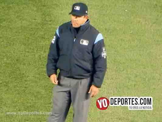 Alfonso Marquez umpire-Cubs-Piratas