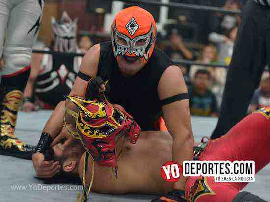 Yakuza contra Laredo Kid en Lucha Libre Total