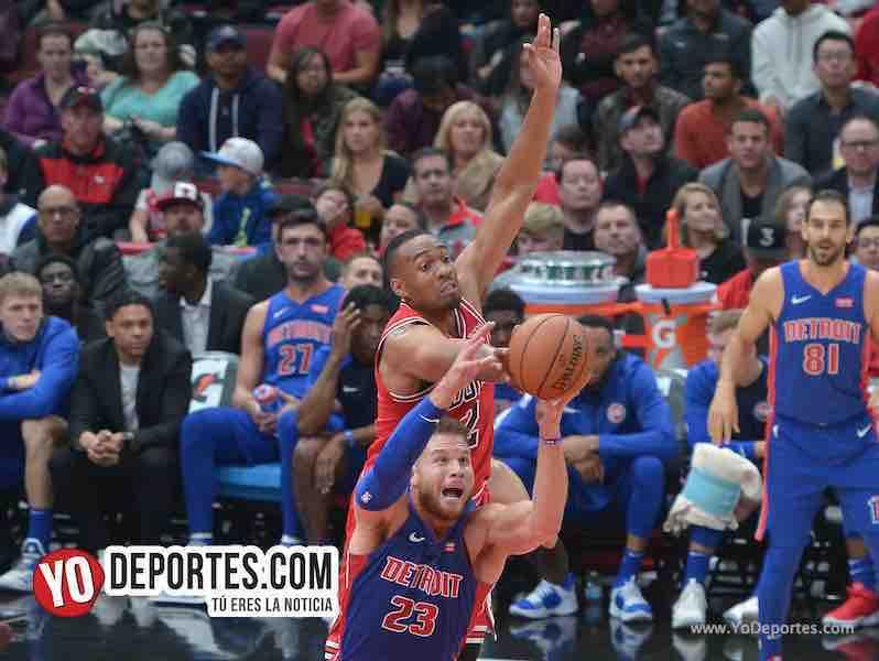 Jabari Parker-Blake Griffin-Chicago Bulls-Pistons Detroit-Opening Night United Center