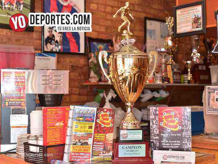La Copa de Campeon Estrella Blanca Liga Douglas Dona Torta Chilanga