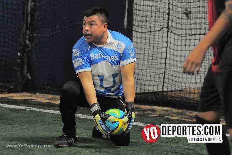 Niupi-La Juve -Liga Interamericana Futbol en Chicago