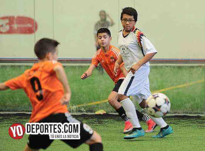 Blazers-Real Azteca-Liga Douglas Kids Indoor Futbol