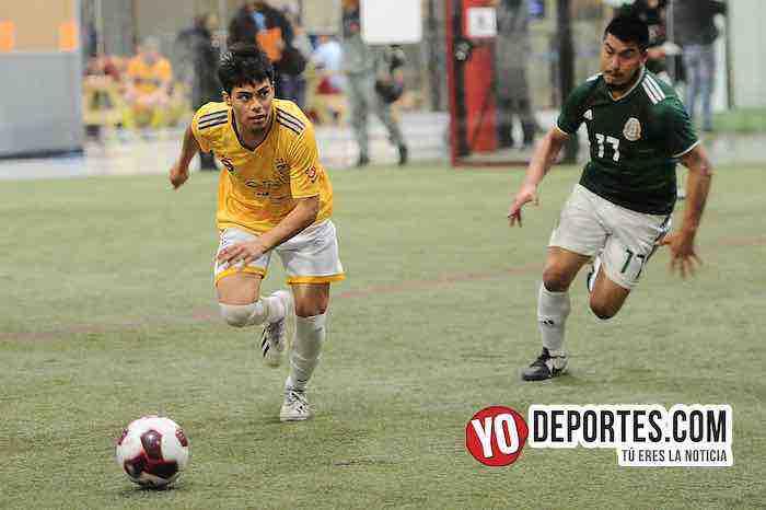 Cachorros-Hidalgo Veracruz-Liga 5 de Mayo Soccer League en Chicago