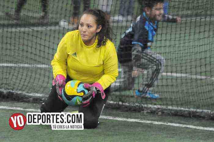 Liliana Leon portera-CD Fenix-Chicago FC-Liga Interamericana