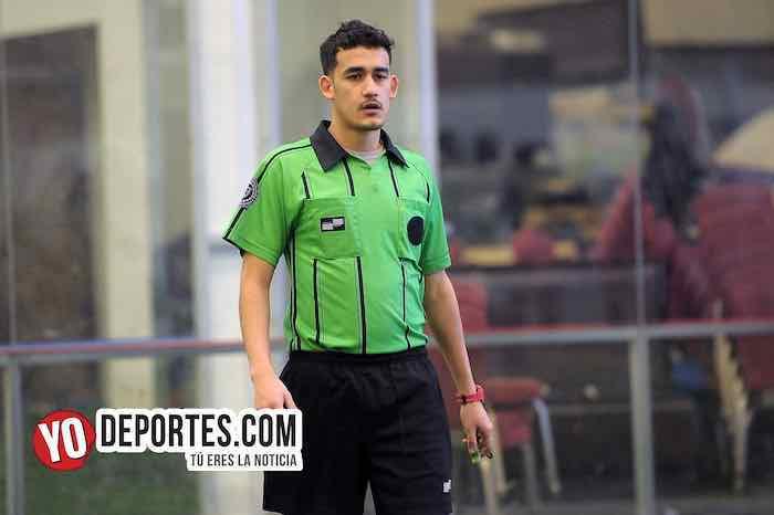 Arbitro Enrique Alvarez-Fire Evolution-Manchester-Liga Douglas Kids-Final 2009