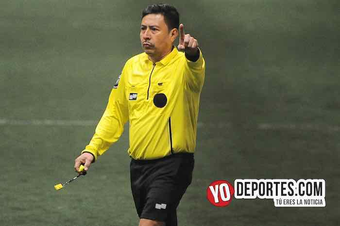 Arbitro Ladislao Velasquez-Monarcas-Deportivo Valle-Chitown Futbol-sabado