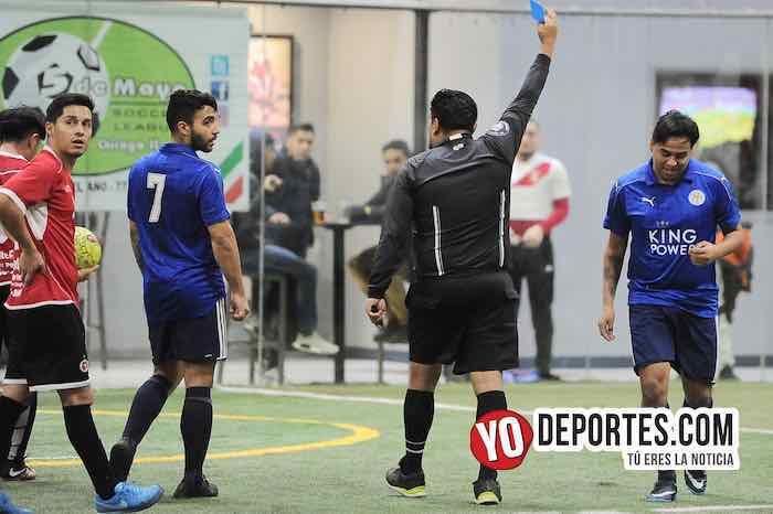 Arbitro Miguel Gutierrez-Rivaldo Riveles-La Bamba-Chicago Cougars-Liga 5 de Mayo