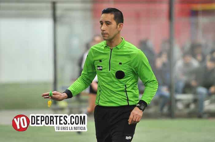 Arbitro Erick del Rosario-Fire-Deportivo Monaco-Liga 5 de Mayo-viernes