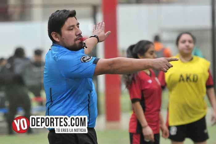 Arbitro Gio Gonzalez-Juventus-JC 7-AKD Soccer League