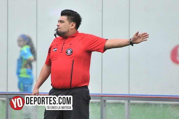 Arbitro Miguel Gutierrez-Galeana-Lobos Sierrenos-Supercopa de los Martes-Liga Douglas