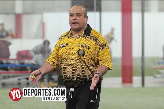 Arbitro Enrique Benitez-Callejoneros-Deportivo Pilsen-Liga 5 de Mayo