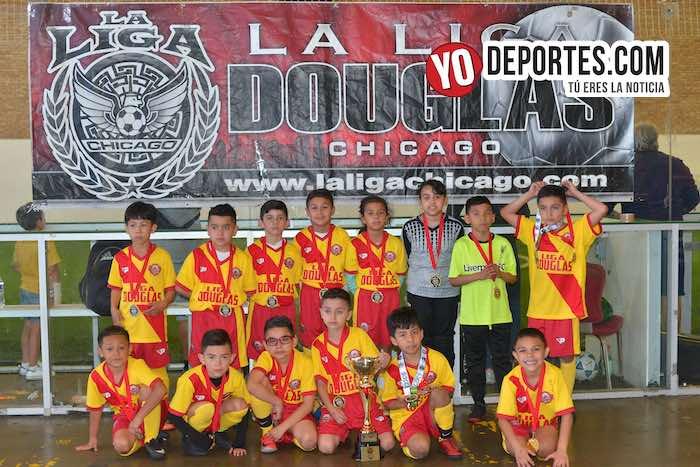 Douglas Kids se gradúan de campeones en la 2011