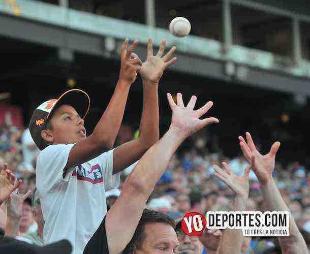 White Sox extiende red para proteger a los aficionados de pelotas y bates
