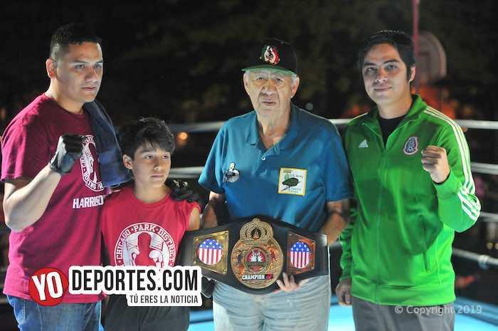 Noche de campeones en el Harrison Park de Pilsen