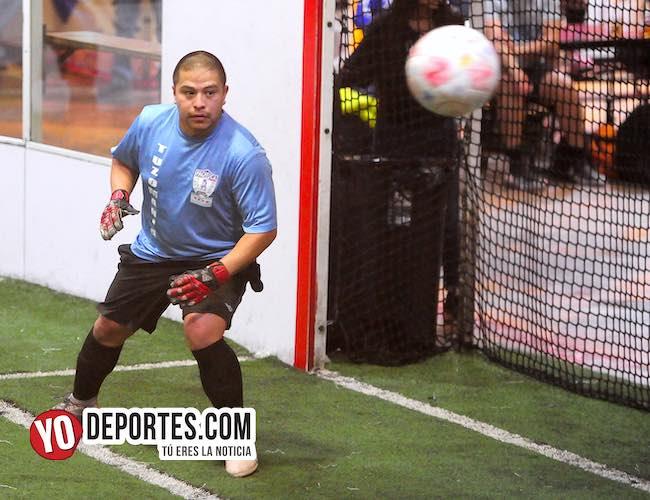 Tuzomaniacos tropiezan con Reynosa FC en Chitown de Veteranos
