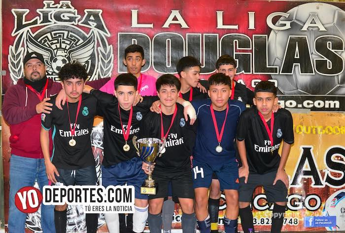 En final felina Pumas 48 derrota a los Leones de la Douglas Kids de los martes
