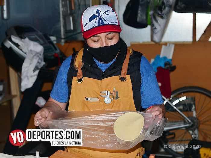 Maratonista Gris Luján pierde trabajo por coronavirus y lanza fábrica de tortilleras