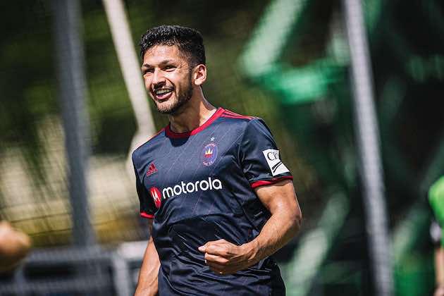 Chicago Fire FC Extiende Contratode Mauricio Pineda por Varios Años