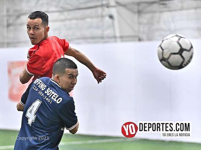 Rafa Ochoa hace ganar a La Luz contra Sotelo Roofing en la Champions