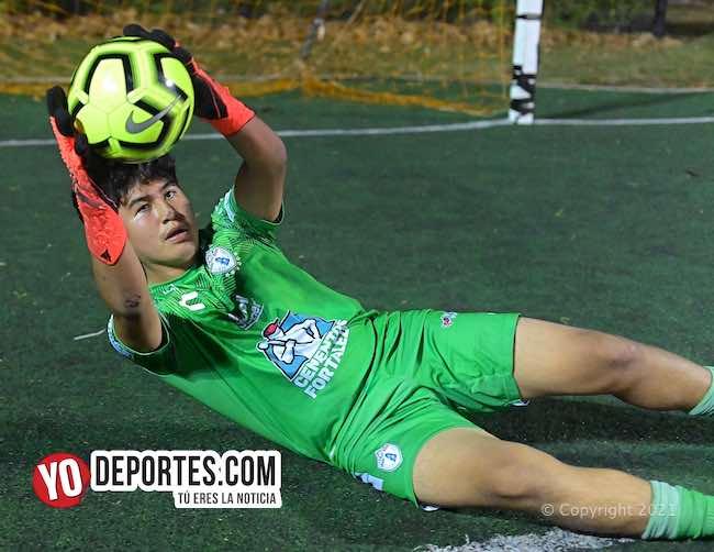 Portero Michael Cerón de Chicago Select Soccer a los Tuzos de Pachuca